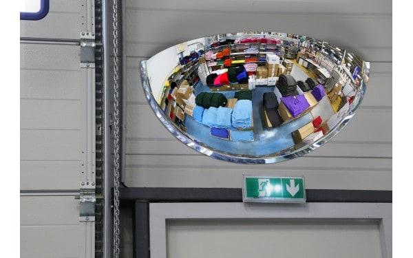 Miroir hémisphérique pour l'intérieur vision à 180°