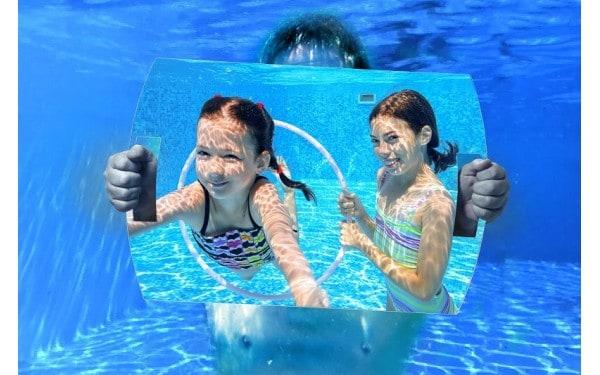 Miroir de motricité en milieu aquatique